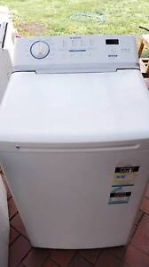 Simpson EZISet Top Load 6kg SWT604, excellent working condition Wantirna South Knox Area Preview