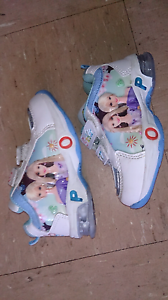 New girls barbie light up shoes Minto Campbelltown Area Preview