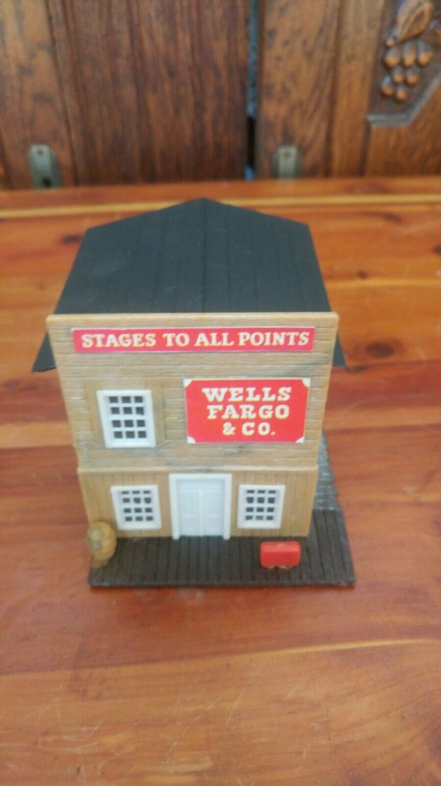 Vintage HO Scale Western Town Building- Wells Fargo Co Stage Coach Building