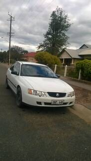 2004 Holden Commodore Sedan Cambrai Mid Murray Preview