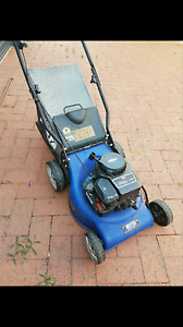 Victa Lawn Mower. 450 series. used only 4 times. Success Cockburn Area Preview