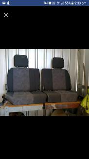 100 series landcruiser seats