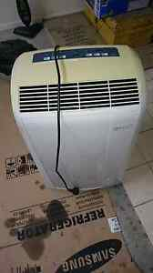 ***REDUCED PRICE*** DeLonghi 3.5kW Portable Airconditioner Greenslopes Brisbane South West Preview