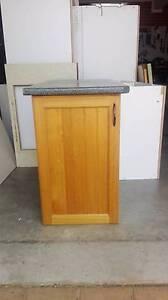 Kitchen/LaundryFloor Cupboard Tassie Oak doors Wollongong pick up Cordeaux Heights Wollongong Area Preview