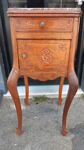 Lamp table bedside table hall table Cooks Hill Newcastle Area Preview