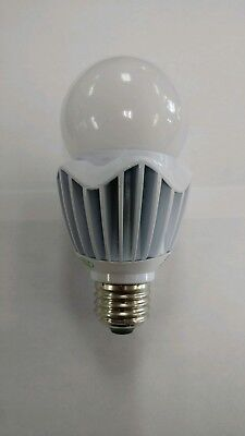 SATCO S8738 120-277 VOLT 20 WATT LED MED. BASE HID REPLACEMENT LAMP 5000K