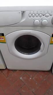 Ariston AL128D washer dyer combo, excellent condition