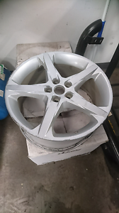 """Ford Focus 18"""" Alloy, damaged Old Reynella Morphett Vale Area Preview"""