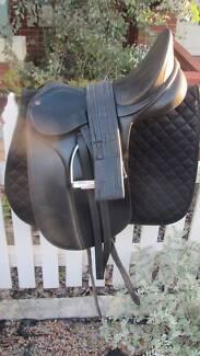 Bates Caprilli Dressage Saddle Inglewood Stirling Area Preview