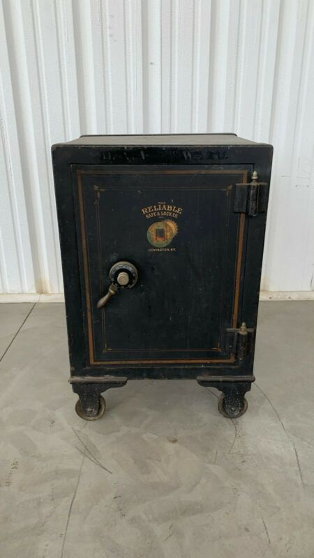 ANTIQUE SAFE — RELIABLE SAFE COMPANY / 100+ YEARS OLD / WORKS GREAT 2x2x3 FT