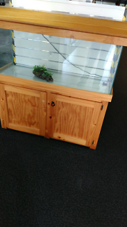 4.2 x 4.2 FT  fish tank with accessories