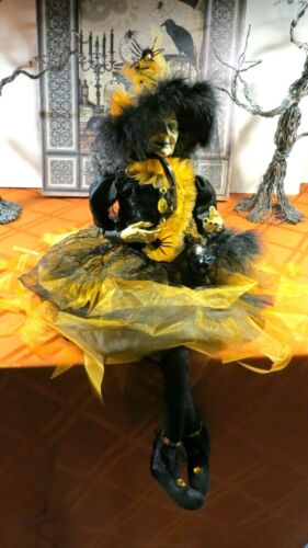 """HALLOWEEN WITCH DOLL W/CRYSTAL RAVEN, SPIDERS, FEATHERS  25"""" SHELF SITTER -NICE"""