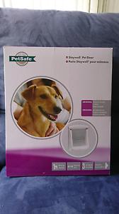 PetSafe Doggy Door NEW Latrobe Latrobe Area Preview