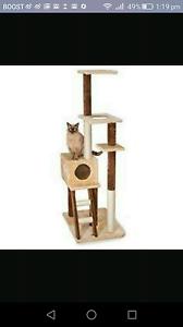 Free cat tower/ scracher Footscray Maribyrnong Area Preview