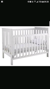 King parrot 3 in 1 cot & boori change table Craigmore Playford Area Preview