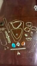 Bulk Gold Jewellery Can seperate  Extras for bulk buyer Waterford Waterford West Logan Area Preview