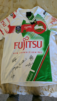 2017 Auckland Nines Signed South Sydney Jersey