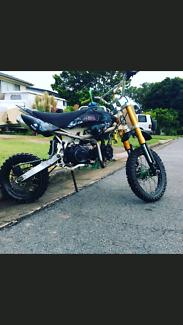 Pit bike 140 cc