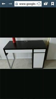 Ikea Micke Desk, set up ready to use $40 Brunswick Moreland Area Preview