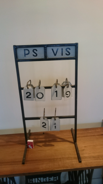 Vintage score board on Stand | Collectables | Gumtree Australia West