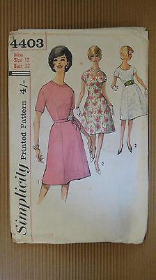 VTG 1940' SIMPLICITY PRINTED PATTERN #4403 SEWING MODEL WOMEN FASHION