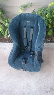 Car / baby seat  Maitland Maitland Area Preview