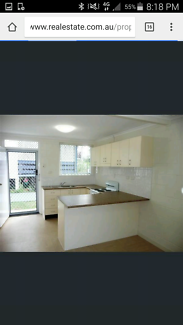 1 bedroom apartment in Oxley for rent.