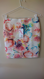 Bnwt supre skirt High Wycombe Kalamunda Area Preview