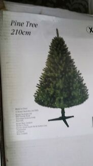 210cm Christmas Tree  Lockleys West Torrens Area Preview