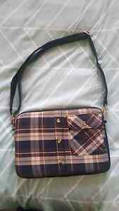 11 inch Laptop Bag Greenwith Tea Tree Gully Area Preview
