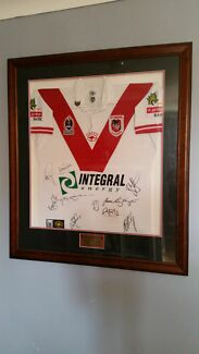 St George Illawarra Jersey NRL signed and framed  Regentville Penrith Area Preview