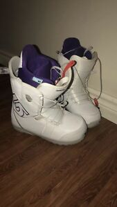 Snow board and women's size 7 boots