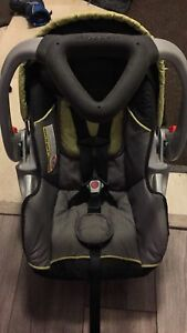 Car seat 2 bases siege d'auto Baby trend