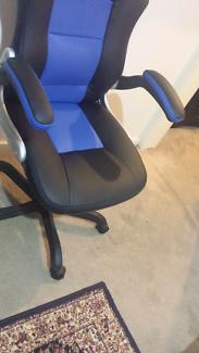 Chair( blue black)