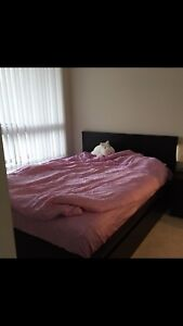 One queen size bed for sale