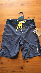 OCEAN & EARTH BOYS 4WAY STRETCH BOARDSHORTS Albion Park Shellharbour Area Preview