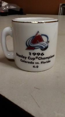 Nhl Stanley Cup Crazy Mini Mug Colorado Avalanche 1996 Champs W Opponent   Score