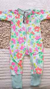 Girls Bonds Onsie size 00 BNWT Hoxton Park Liverpool Area Preview