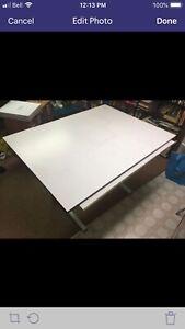 Adjustable Drafting Table