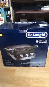 DeLonghi Contact Grill with Ceramic Coated Plates