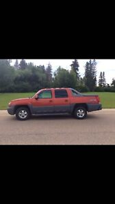 Very clean 2002  Chev Avalanche 4x4