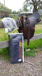 "BRAND NEW NEVER USED 17""Saddle, rains and saddle pad!! Woodford Moreton Area Preview"