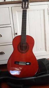Valencia TC13 3/4 Classical Guitar Including Case Viewbank Banyule Area Preview