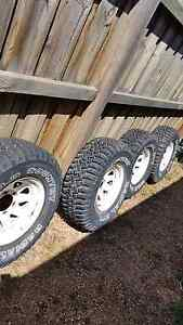 31/10.5R15 Mud tyres and rims Doreen Nillumbik Area Preview