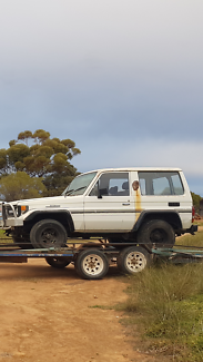 2 Landcruisers for sale or swap