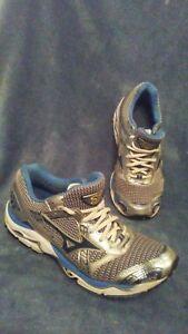 MIZUNO WAVE NIRVANA 7 8KN-14121 Running Shoes Silver Blue Womens Size 10.5