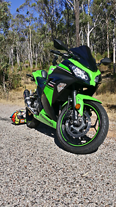 Ninja 300 ABS Special Edition Mount Richon Armadale Area Preview