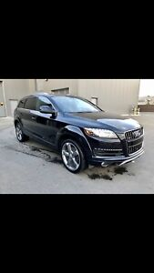 Audi Q7 Top of the line.  All options 3.0T Great condition