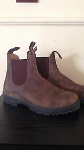 Blundstones 585 - Size 4 - Band New - Rustic Brown Leather Bassendean Bassendean Area Preview