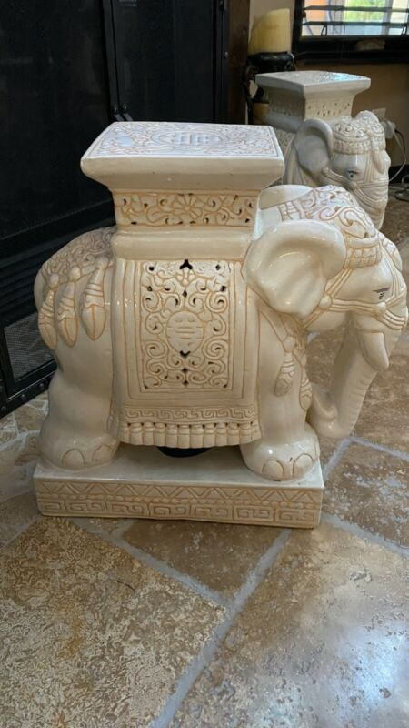 Vintage 1969 Ceramic Ivory/Tan/Cream From Vietnam Elephant Plant Stand Garden